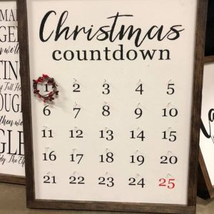 sawdust-and-glitter-gallery-christmas-signs-11