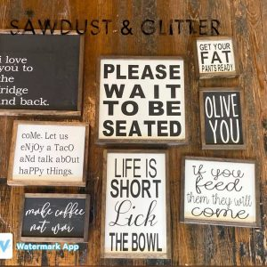 sawdust-and-glitter-gallery-christmas-signs-41