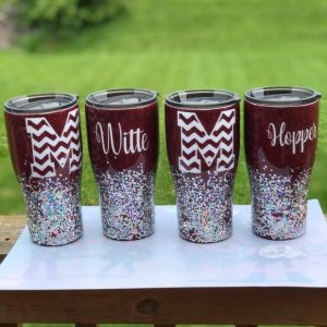 sawdust-and-glitter-gallery-christmas-tumbler-4