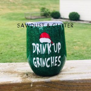 sawdust-and-glitter-gallery-christmas-tumbler-5