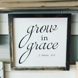 sawdust-and-glitter-gallery-signs-6